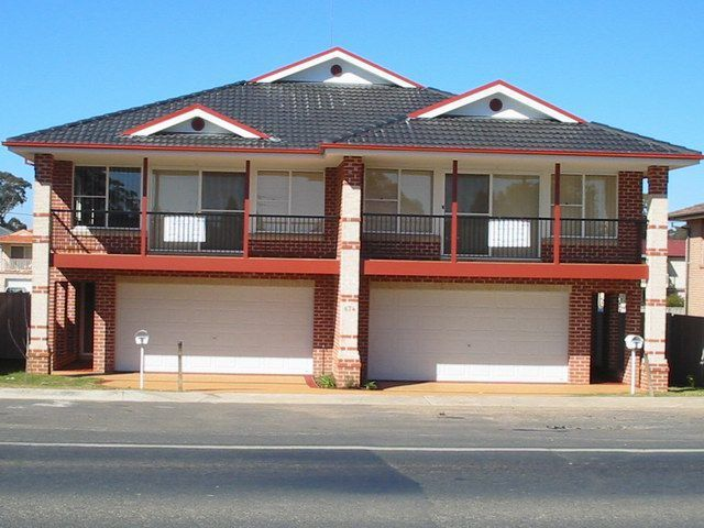 Duplex builder and townhouse builder for Sloping block home designs nsw